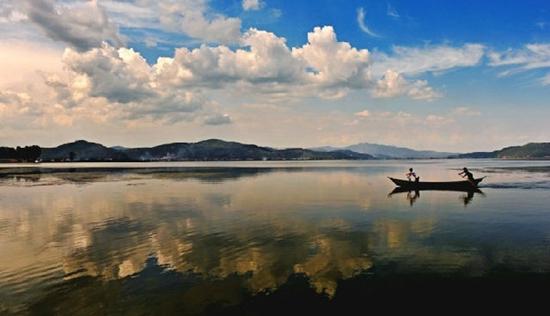 抚仙湖2.jpg